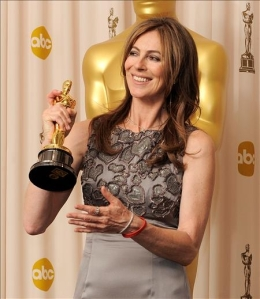 Kathryn Bigelow receives her directing Oscar